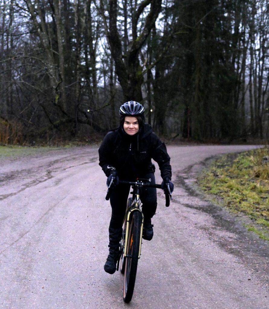 Varpaat Jäässä